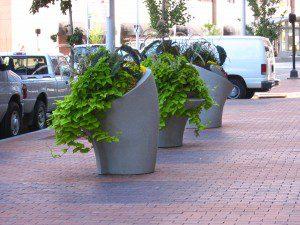 Mark Reigelman II planters