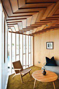 geometric-wood-ceilinghomedit